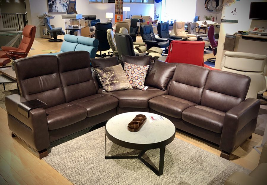 Stressless Wave Sectional